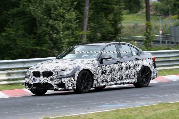 2014-BMW-M3-Sedan-Nurburgring-03[3]