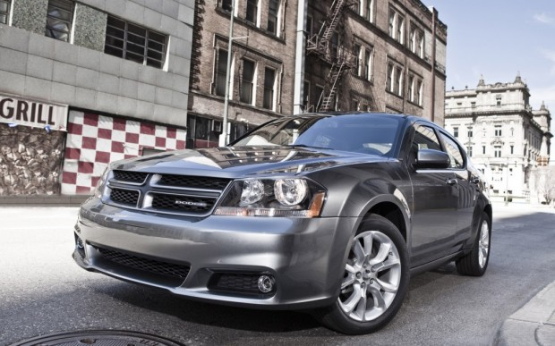 2013-Dodge-Avenger-front-three-quarter-1024x640
