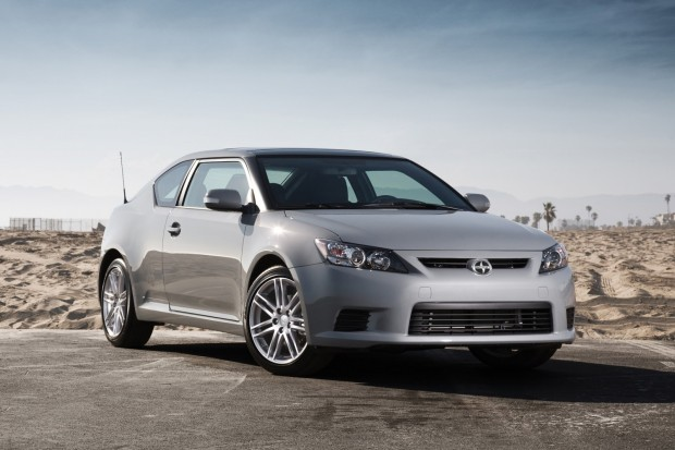 2013_scion_tc_coupe_f3q