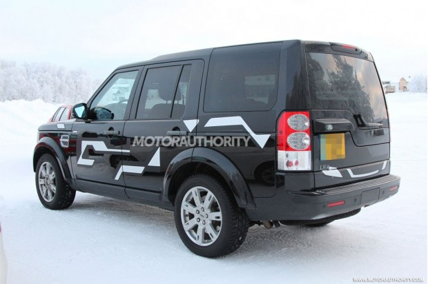 2015-land-rover-lr4-test-mule-spy-shots_100416912_l