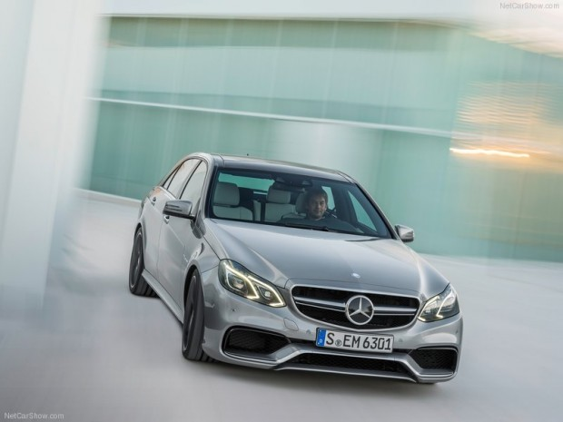 Mercedes-Benz-E63_AMG_2014_800x600_wallpaper_05