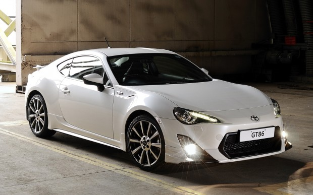Toyota-GT86-TRD-front-three-quarter