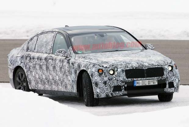 002-2016-bmw-7-series-spy-shots