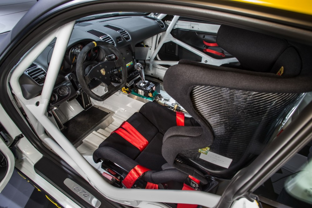 porsche-cayman-gt4-clubsport-racecar-shows-pdk-fetishy-stripped-out-interior-in-la_9