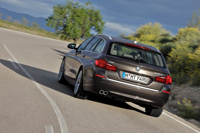 2014-BMW-5-Series-CG[2]