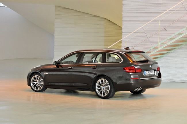 2014-BMW-5-Series-CI[2]