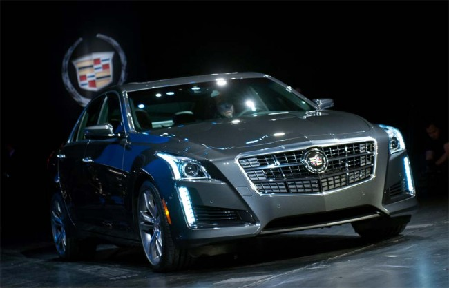 2014-Cadillac-CTS-Vsport-NYIAS-Reveal