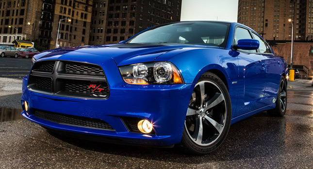 2013-Dodge-Charger-Daytona
