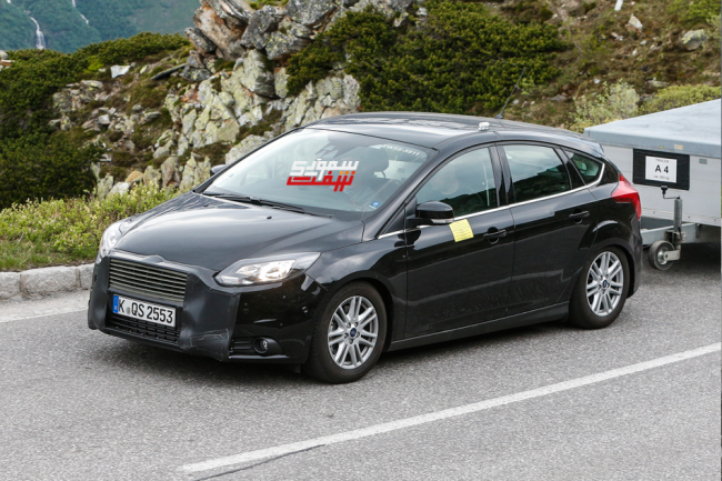 Ford-Focus-Facelift-002