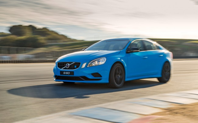 Volvo-S60-Polestar-front-three-quarter-2
