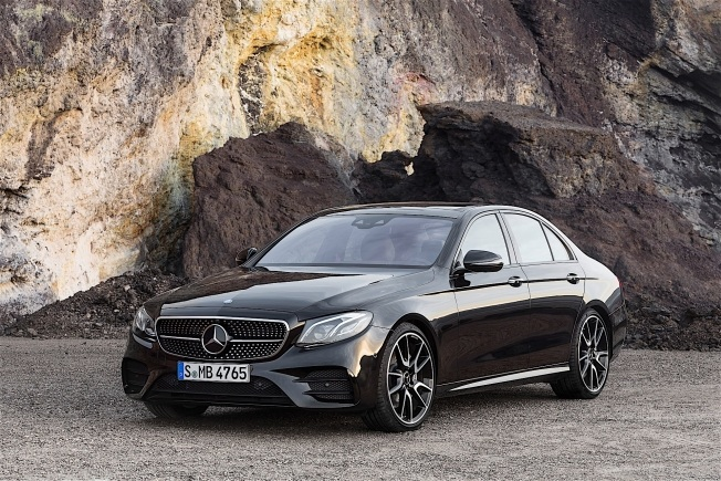 mercedes-amg-e43-4matic-revealed-it-has-401-hp-and-a-nine-speed-gearbox_5