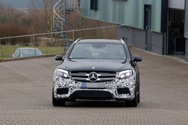 mercedes-amg-glc-63-test-prototype-seen-for-the-first-time_1