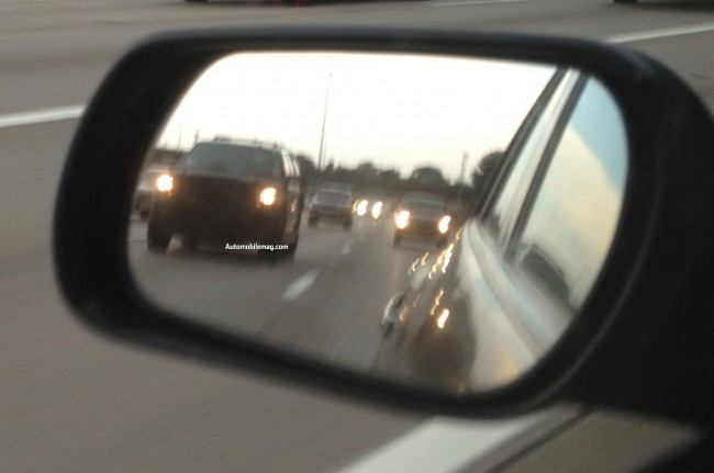 2015-Ford-Expedition-spied-front-far4