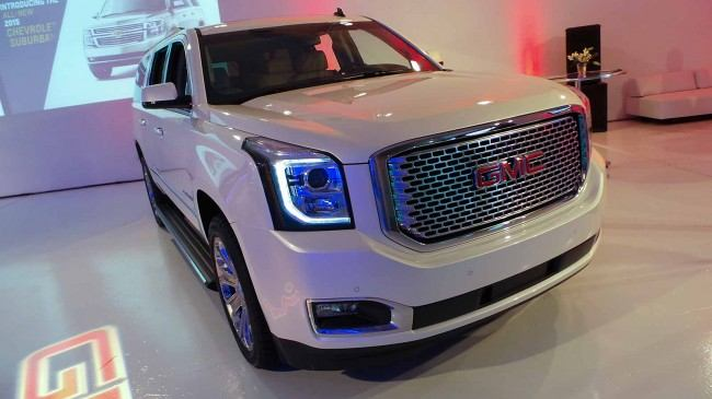 2015-GMC-Denali-Front-Grill