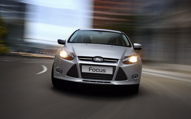 admin_2013-ford-focus-dau-xe-front-view_369