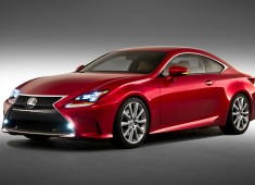 2015-Lexus-RC-front-three-quarters