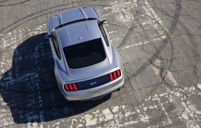 2015-ford-mustang_100448892_l