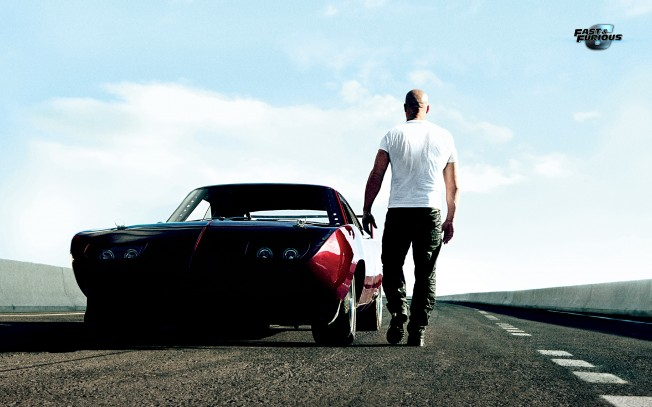 Vin-Diesel-Muscle-Car-Fast-and-Furious-6-HD-Wallpaper