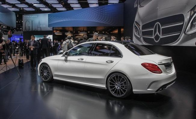 2015-mercedes-benz-c400-photo-564926-s-1280x782