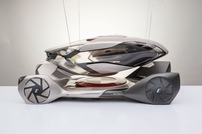 BMW-iQ-Concept-by-Chris-Lee-Scale-Model-01