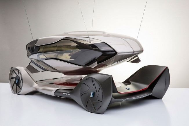 BMW-iQ-Concept-by-Chris-Lee-Scale-Model-03