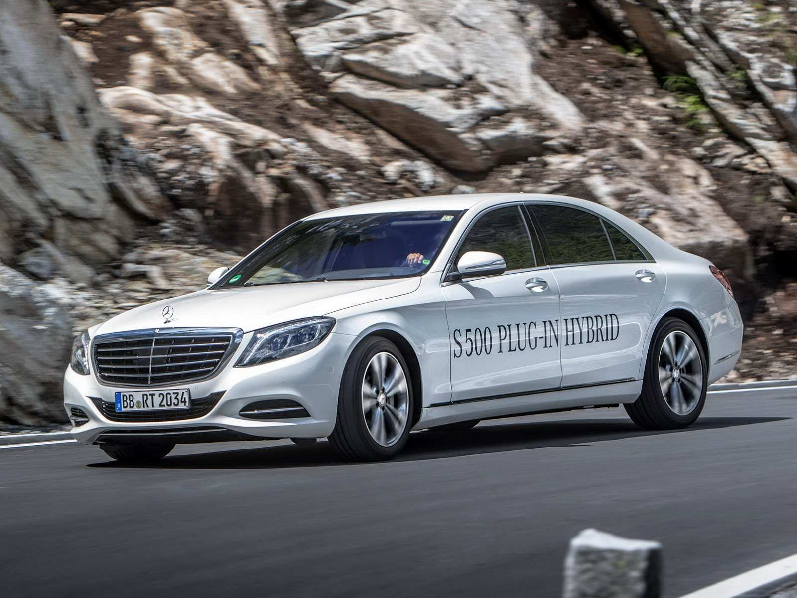 2015-mercedes-benz-s-500-plug-in-hybrid-6