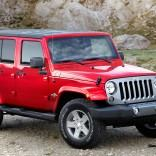 2014-jeep-wrangler-unlimited-three-quarters-above
