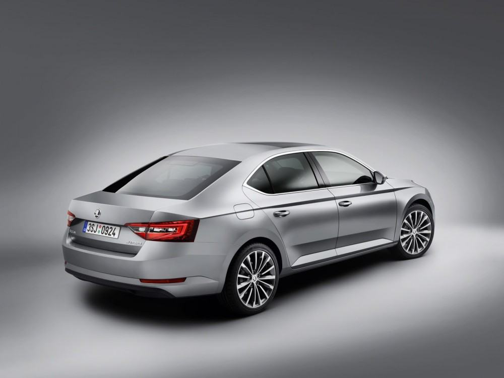 New-Skoda-Superb2