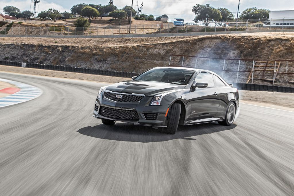 2016-cadillac-ats-v-front-three-quarter-turn-1024x683
