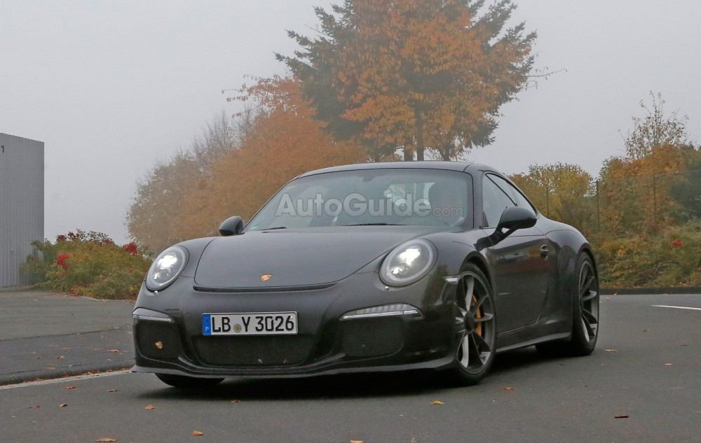 porsche-911-r-spy-photos-02