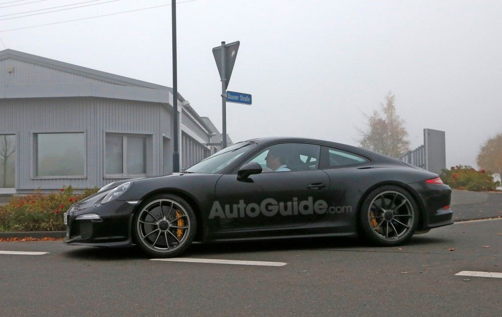 porsche-911-r-spy-photos-05