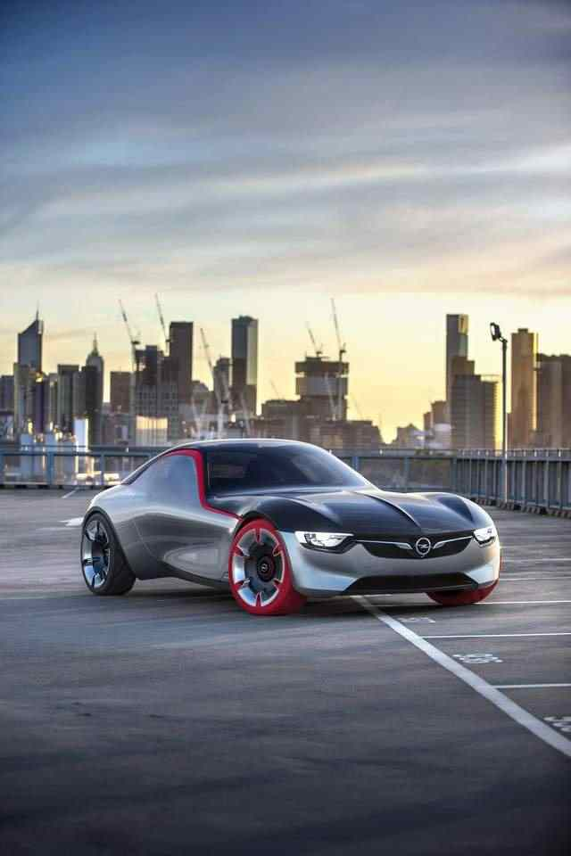 Puristic and breathtaking alike: The Opel GT Concept shows what a popular sportscar of the future will look like.