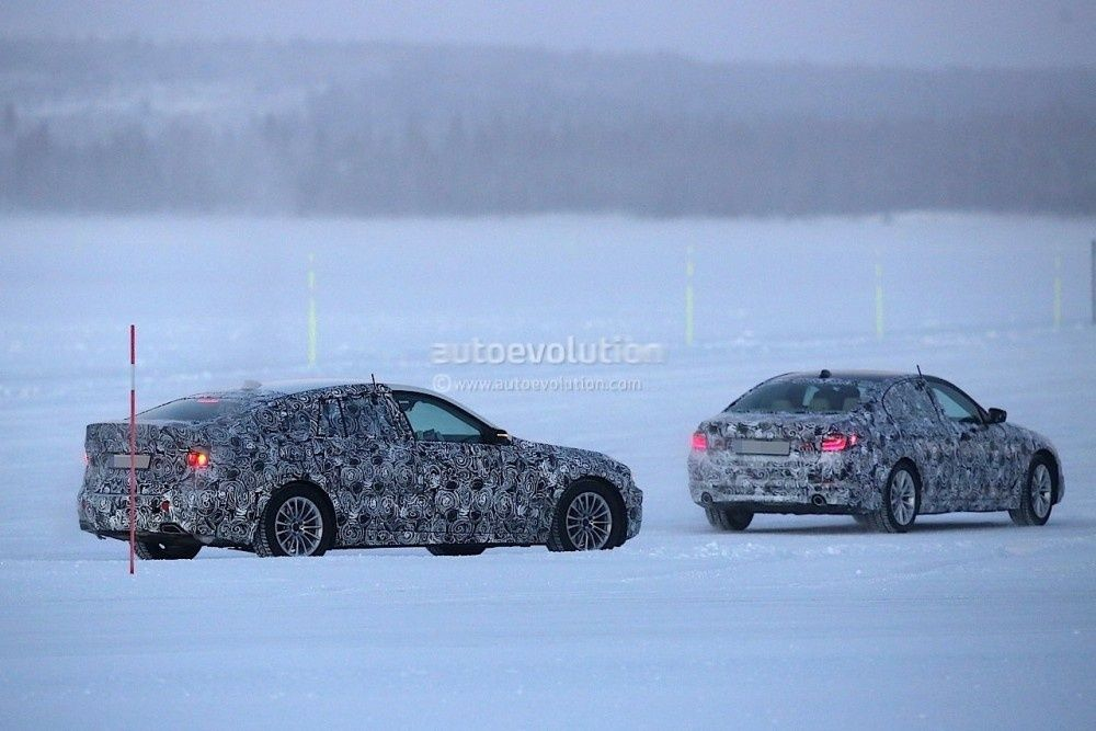 2017-bmw-5-series-gt-spied-testing-alongside-bmw-g30-5-series_3-1000x667