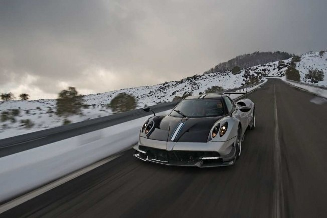 pagani-huayra-bc-means-business_41