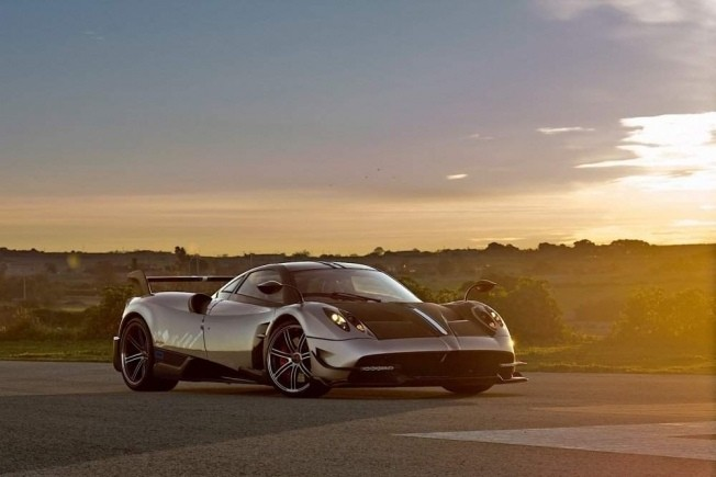 pagani-huayra-bc-means-business_46