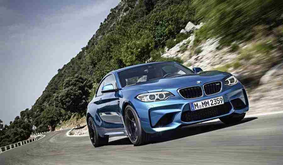 2017-BMW-M2-Coupe-18