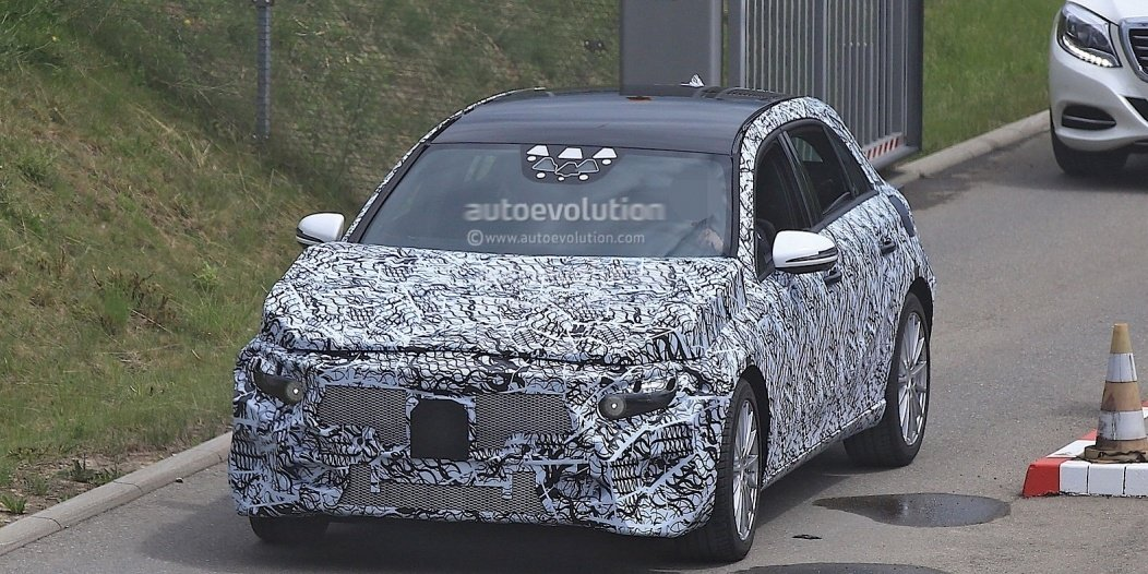2018-mercedes-benz-a-class-prototype-shows-up-for-testing_1