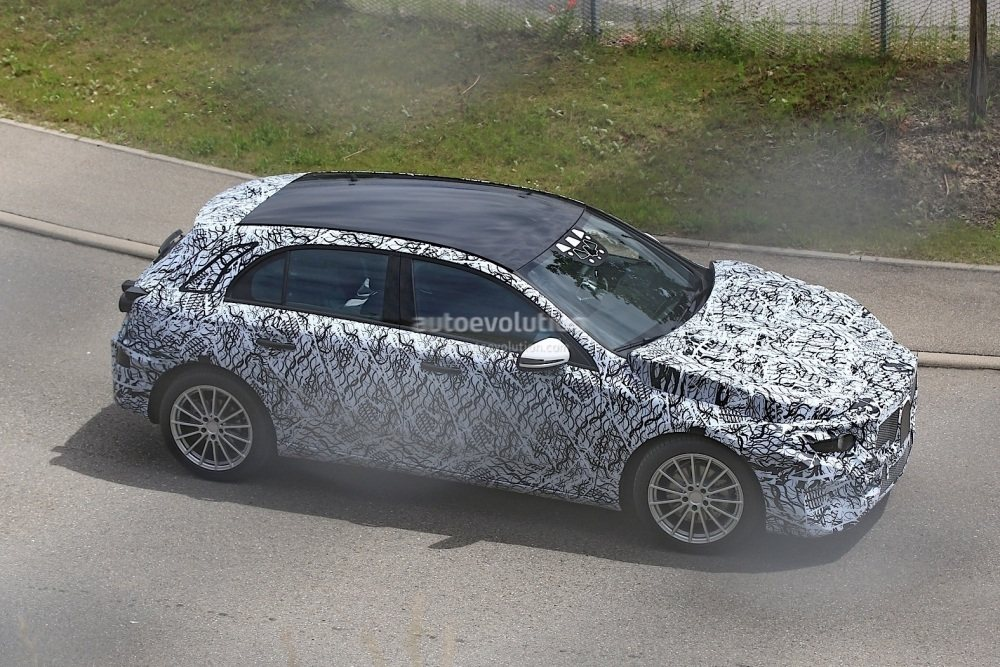 2018-mercedes-benz-a-class-prototype-shows-up-for-testing_6