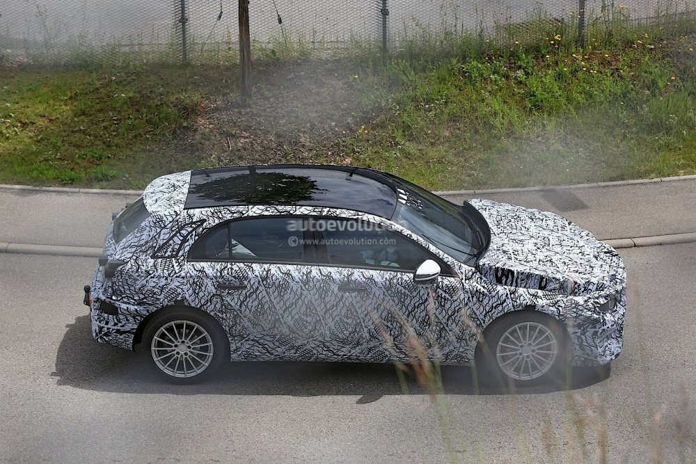 2018-mercedes-benz-a-class-prototype-shows-up-for-testing_7