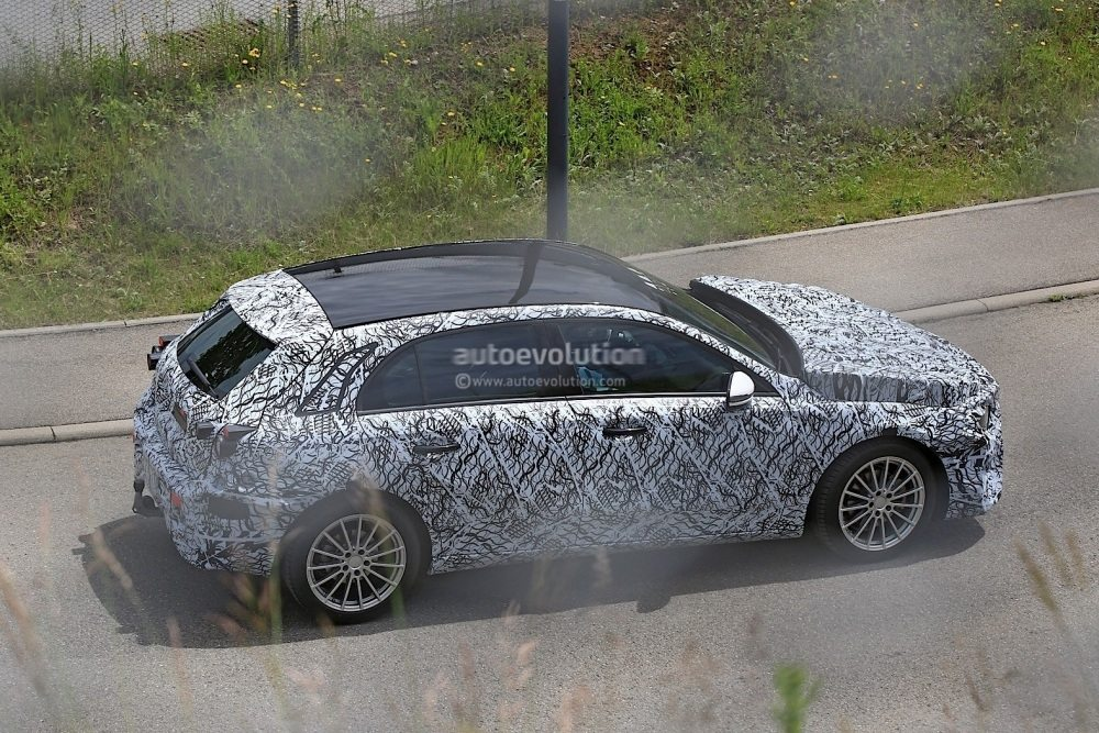 2018-mercedes-benz-a-class-prototype-shows-up-for-testing_8