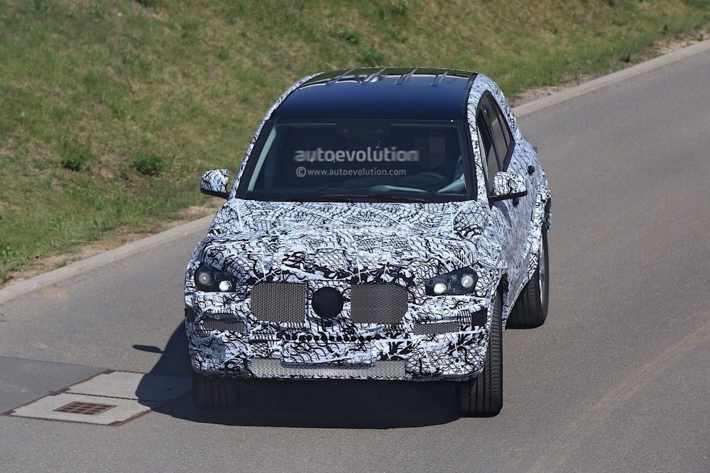 mercedes-benz-gle-spy-photos 1