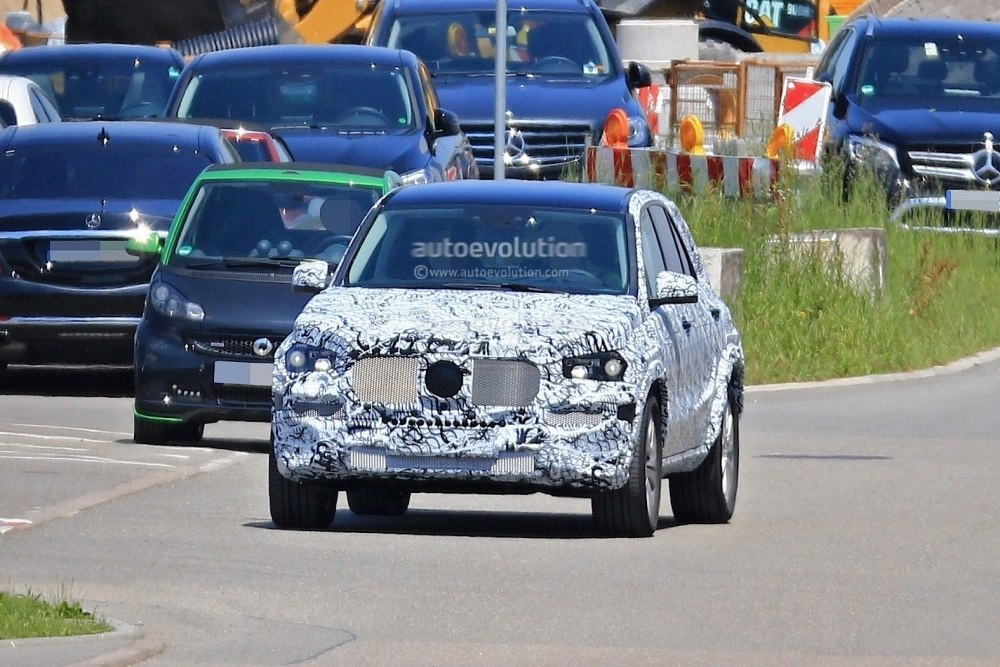 mercedes-benz-gle-spy-photos 12