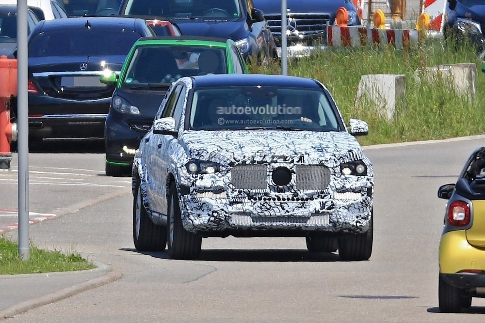 mercedes-benz-gle-spy-photos 13