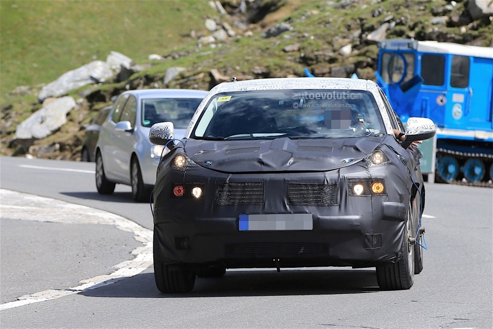 geely-Crossover-spy_9
