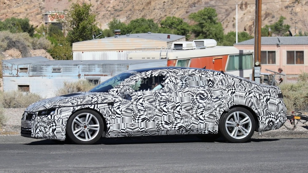 2018-volkswagen-cc-spy-photo (7)