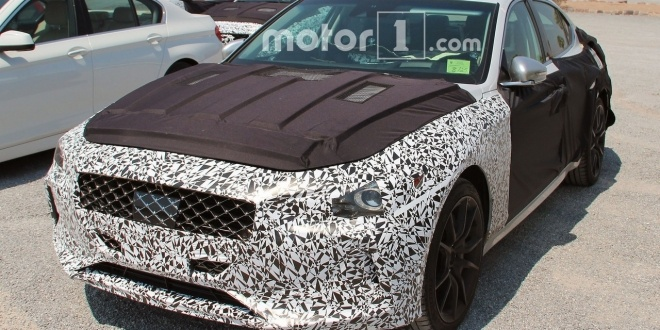 genesis-g70-spy-photos (3)