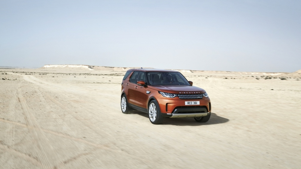 2017-land-rover-discovery-14