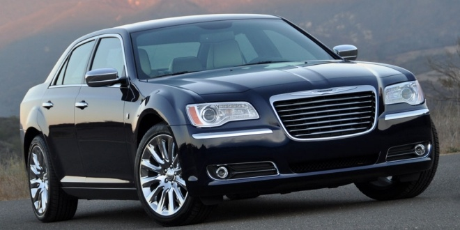chrysler-300c-2014-black-wallpaper-8