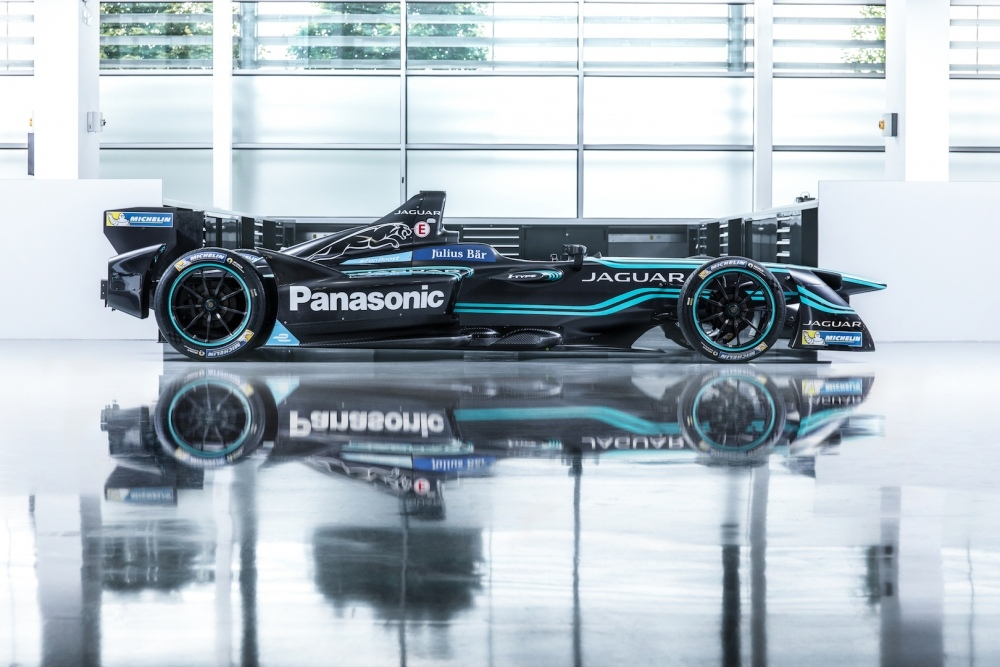 jaguar-i-type-1-is-the-manufacturers-official-entry-into-formula-e-111055_1