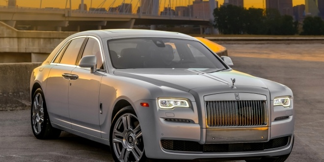 rolls-royce-ghost-2016